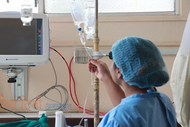 विश्वभर कोरोना संक्रमणबाट ६ सय नर्सको मृत्यु, २ लाख ३० हजार स्वास्थ्यकर्मी संक्रमित