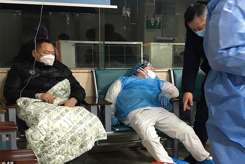 चीनमा कोरोना भाइरसका कारण मृत्यु हुनेको संख्या ७२२ पुग्यो