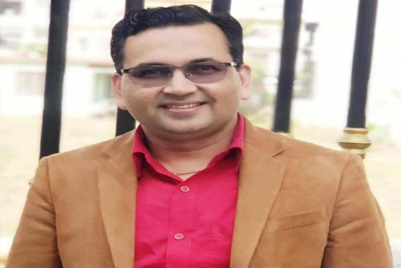 भरतपुर अस्पतालका अध्यक्ष डा भोजराज अधिकारीलाई कोरोना संक्रमण