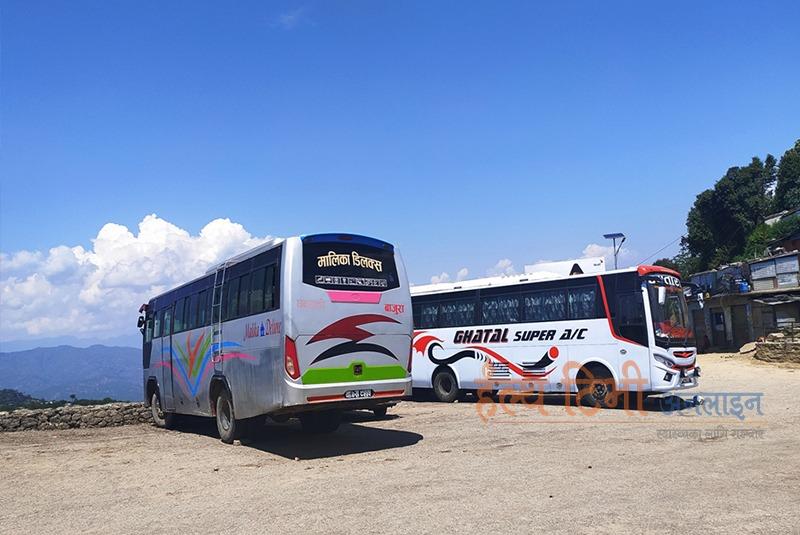 लामो दूरीका सार्वजनिक यातायात पनि सञ्चालनमा